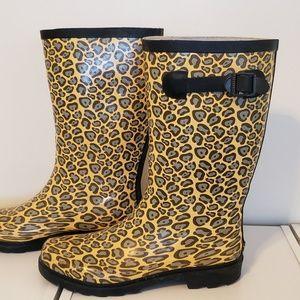 Totes Leopard Rainboots Size 7